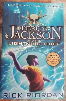 Книга Percy Jackson and the Lightning Thief
