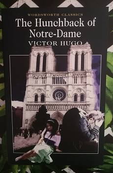 Книга The Hunchback of Notre-Dame