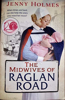 Книга The Midwives Of Raglan Road